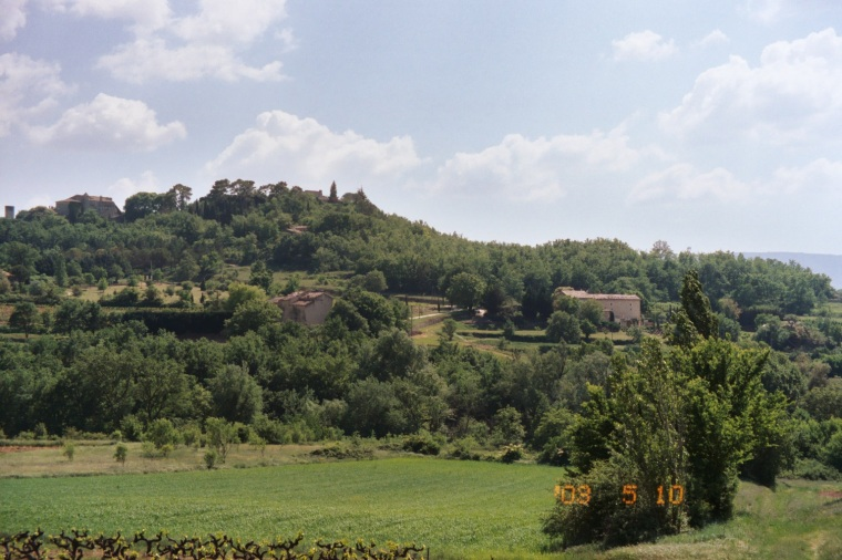 the countryside around Roussillon