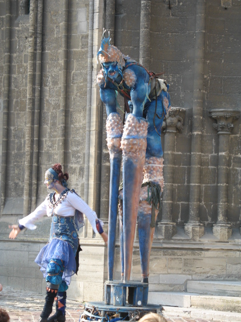 Street performers in Caen