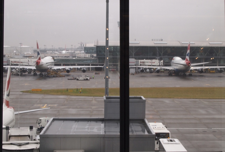Checking out the tarmac at Heathrow: British Airways rules!