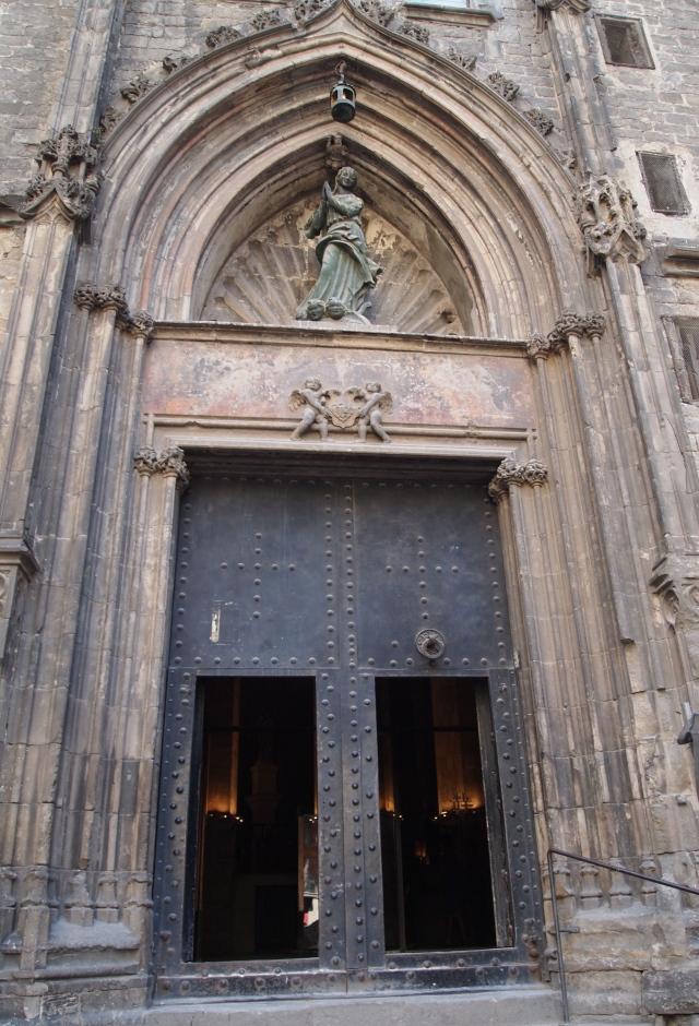 barcelona: la ribera & esglesia de santa maria del mar
