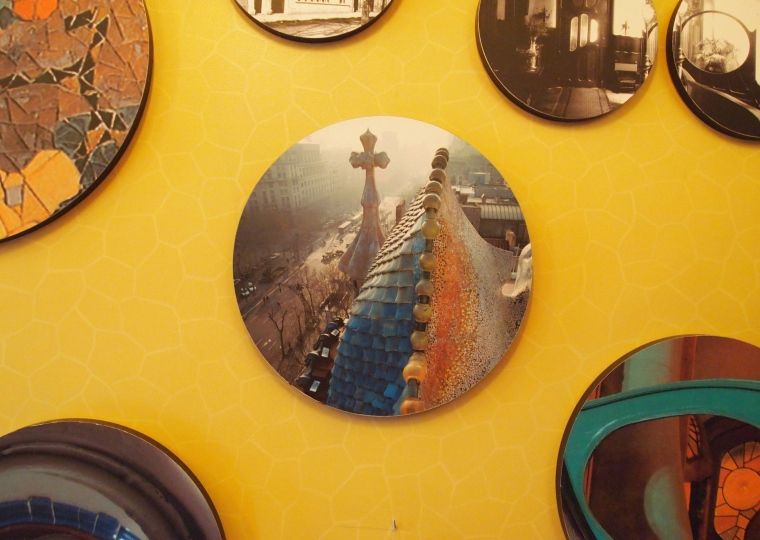plates as wall decor