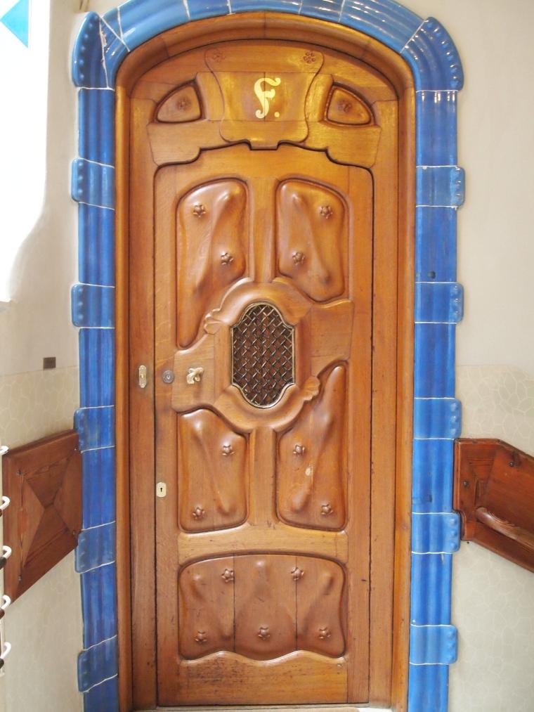 wavy doors