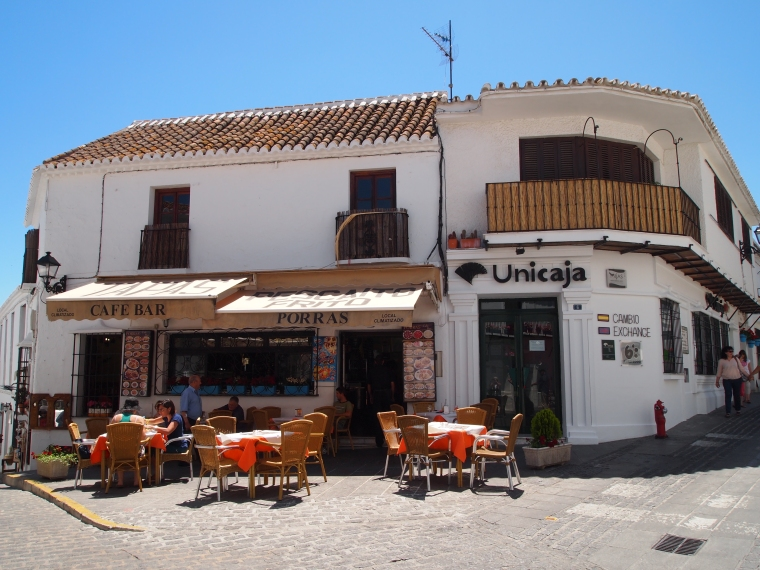 corner cafe in Mijas
