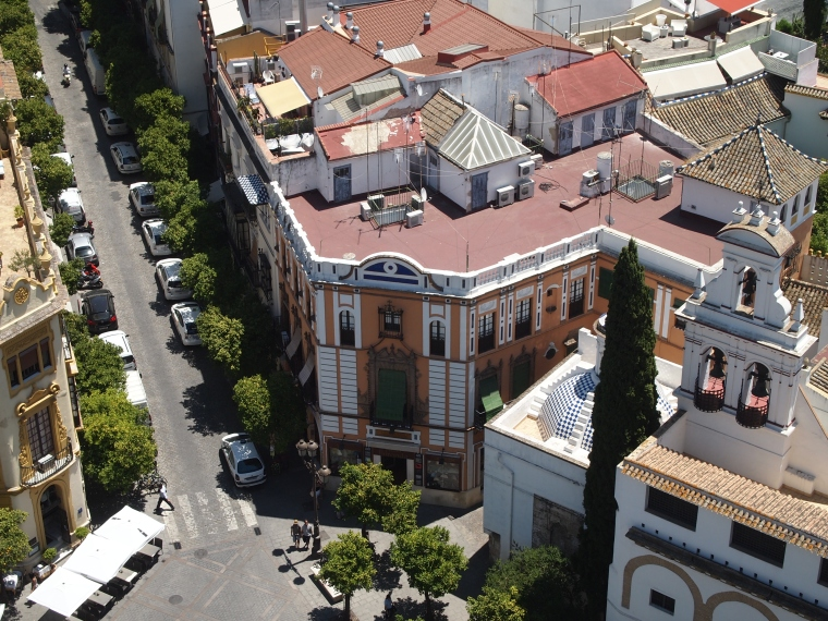 view of Seville's streets from Giralda Tower