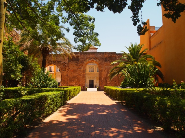 the alcázar in seville