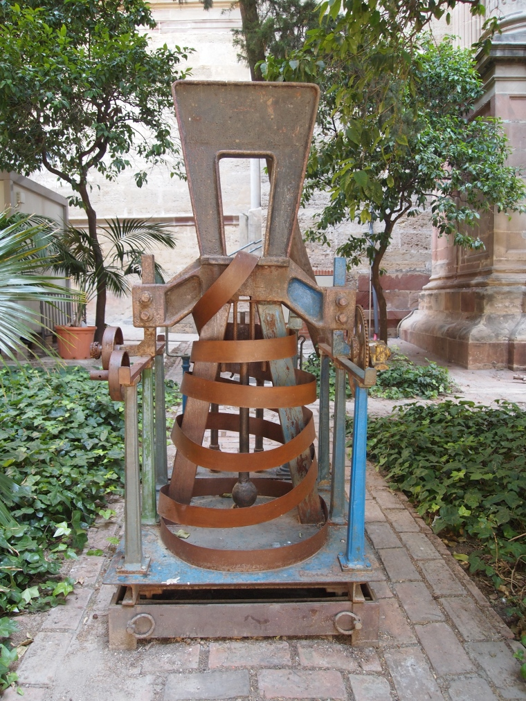 Sculptures outside Málaga's Cathedral