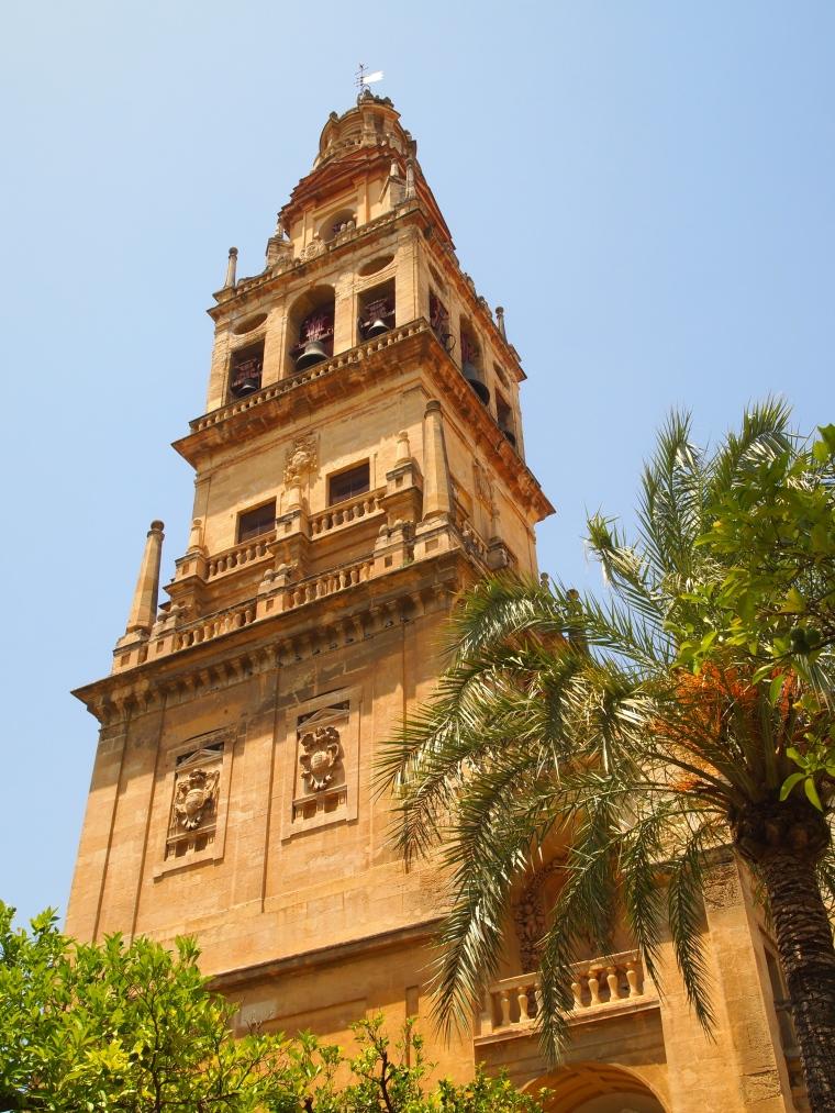 the Torre del Alminar