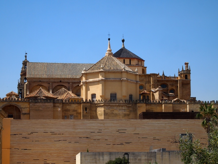 the Mezquita from the bridge
