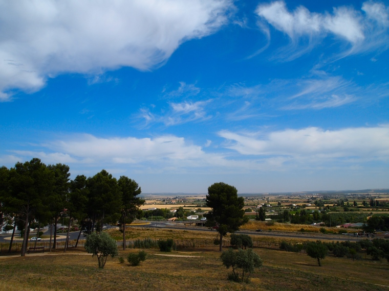 the countryside and clouds around Antequera