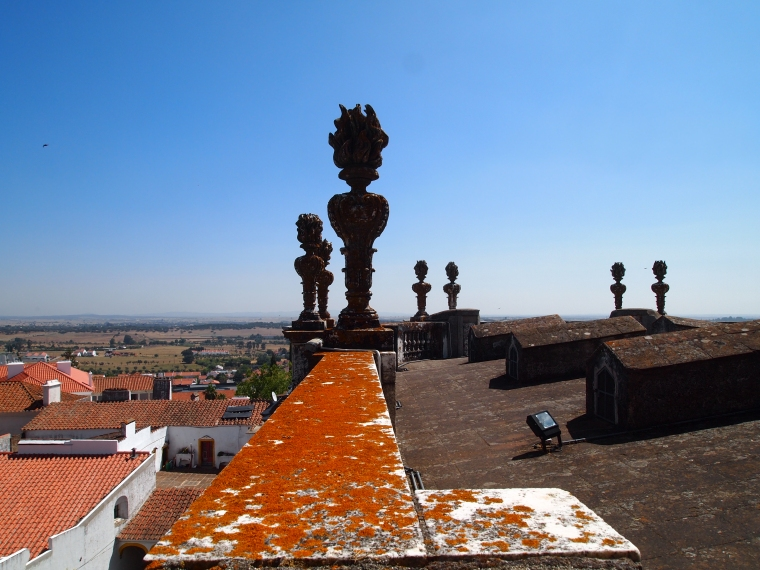 the roof of the Cathedral of Évora