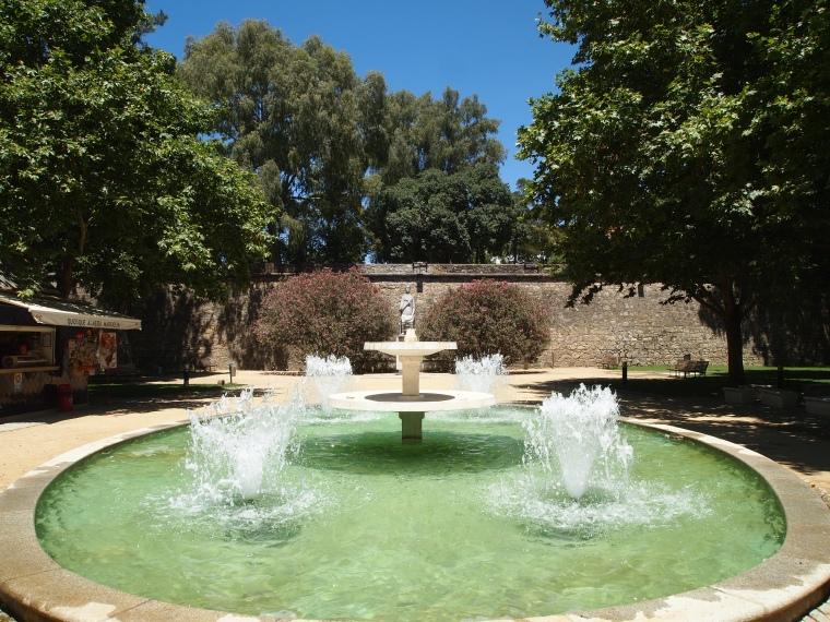 fountain in Jardim Público