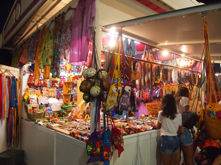 the outdoor night market in Torre del Mar