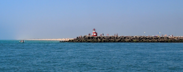 lighthouse and Ilha de Tavira