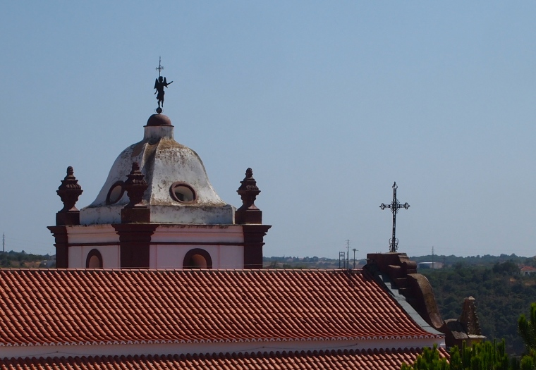 rooftop views from the Castelo de Silves
