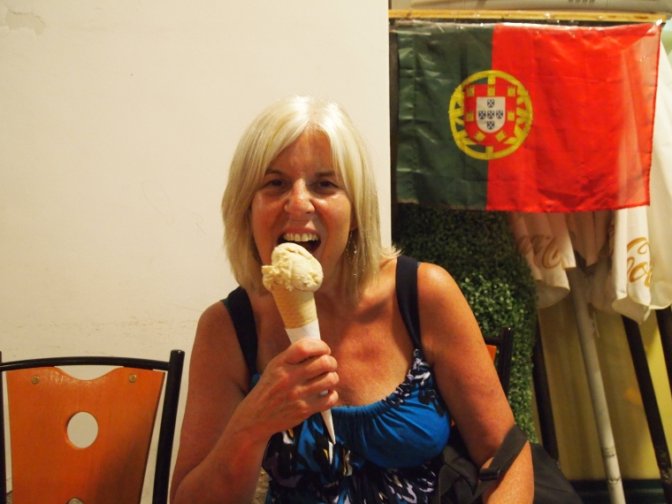 Me enjoying a Figo Seco ice cream