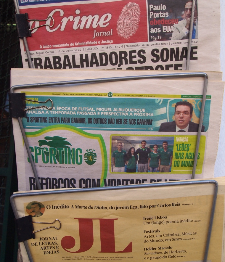 today's newspapers in Evora