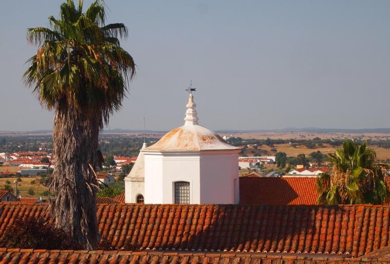 rooftops in Evora