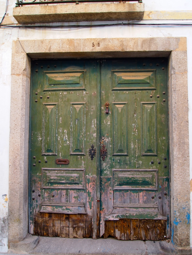 Doors in Evora