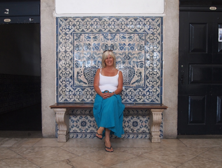 me having a seat with the azulejos at the university