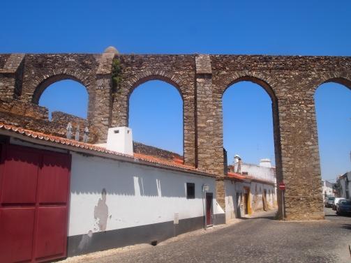 Água de Prata Aqueduct