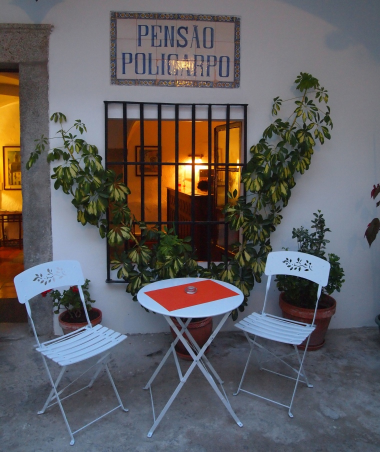 Patio of Pensão Policarpo