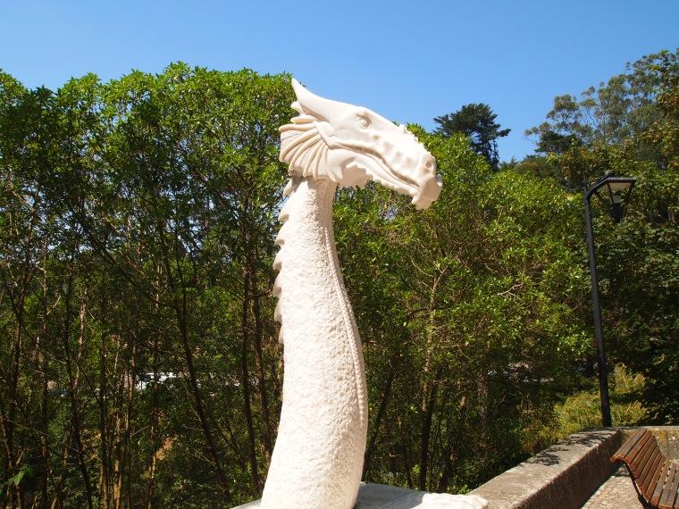 Sculpture along Volta do Duche on the way to Centro Historico