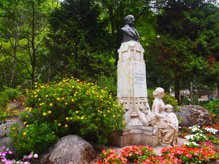 Statues along the walk