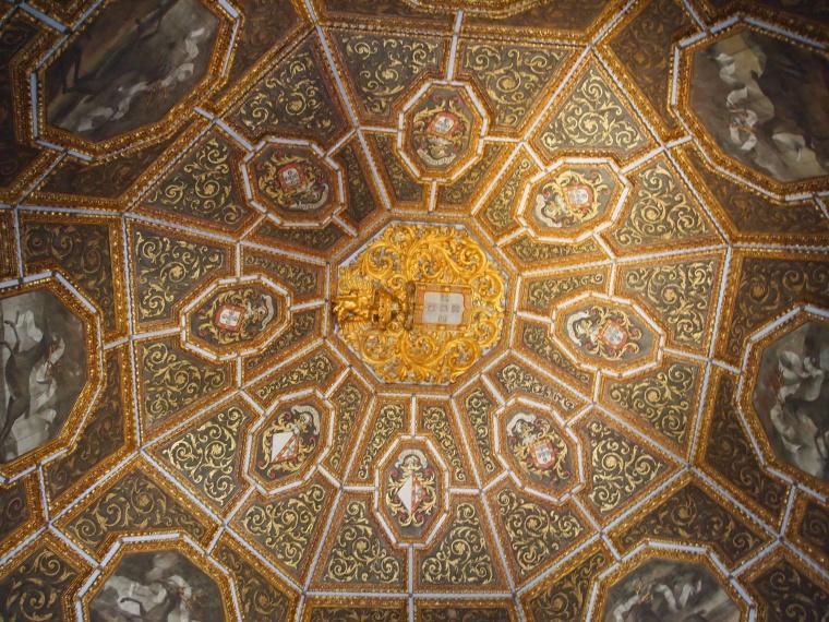 ceiling in Blazons Hall at Palácio Nacional de Sintra
