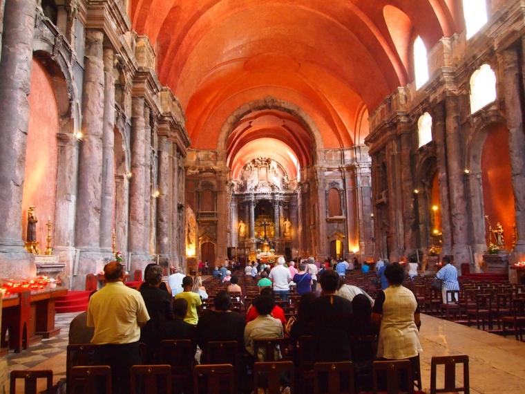 inside Igreja da Conceicao Velha