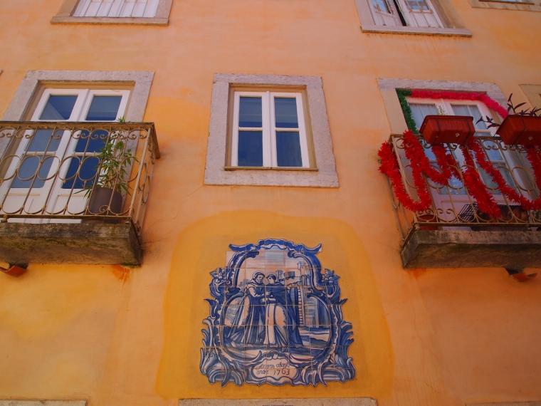 pretty walls and windows