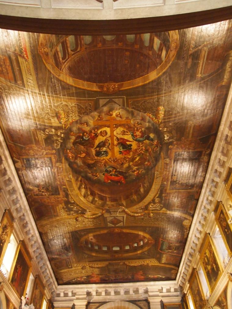 the ceiling in Igreja de São Roque