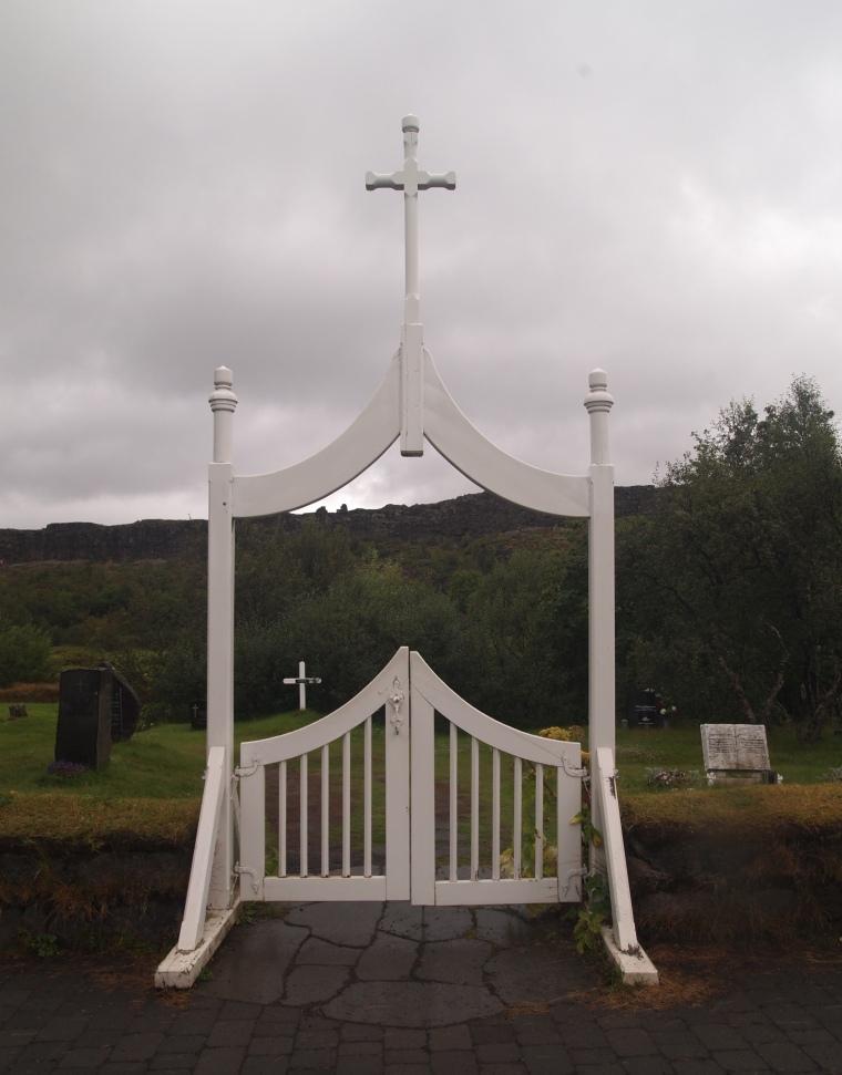 entrance to Pingvallakirkja's cemetery