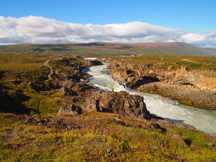 east walkway at Goðafoss