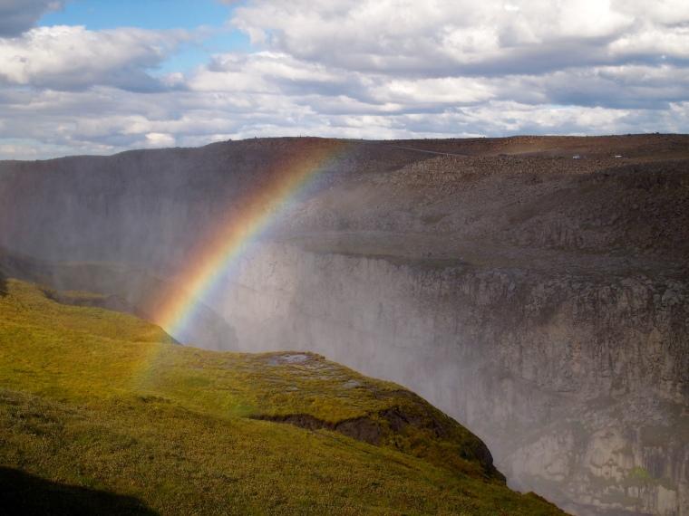 rainbow at Dettifoss