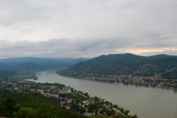 views of the Danube from Fellegvár