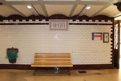 Opera Metro Stop