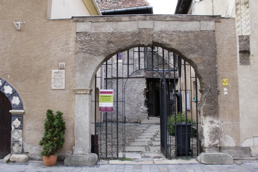 entrance to the Old Synagogue