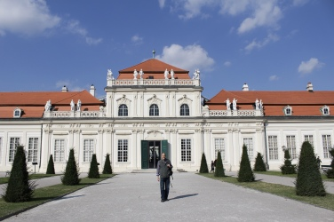 Mike in front of the Lower Palace
