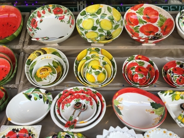 porcelain at Naschmarkt