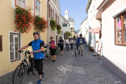 bikers in Dürnstein