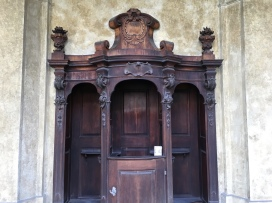 confessional at the Loreta