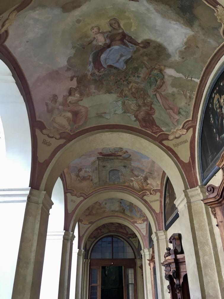 Loreta frescos